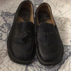 Born brand black leather comfort shoes